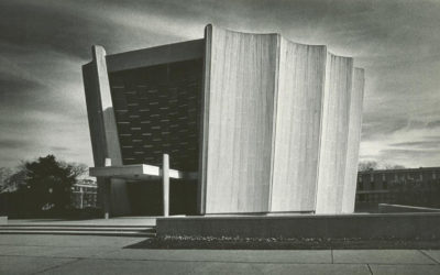 External image of the Temple Beth Zion Sanctuary, 1984